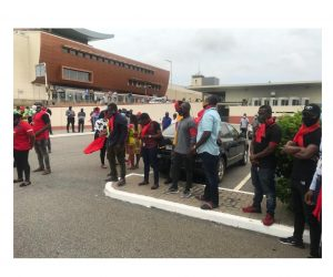 Workers of Ghana Airports Company demonstrate against alleged privatisation plans