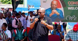 Mahama suspends Bono region campaign over voter's exhibition complaints